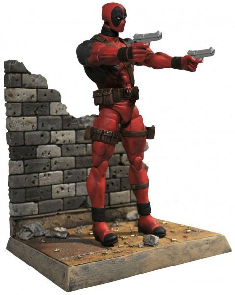 Marvel - Deadpool Actionfigur: Diamond Select