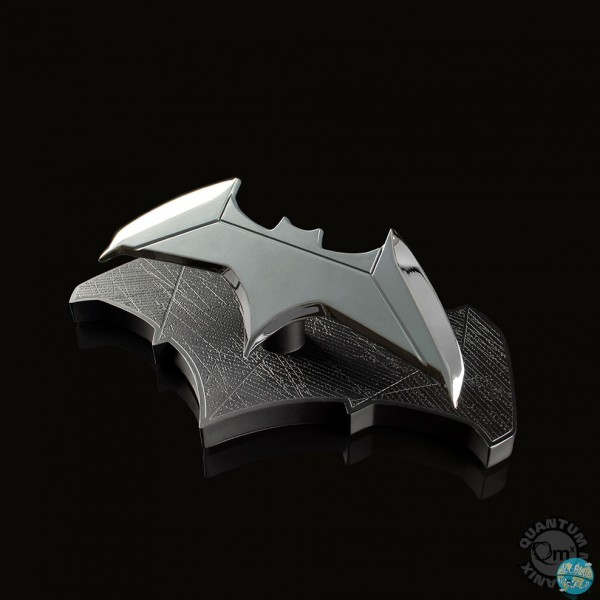 DC Movies - Batman Batarang Replika: Quantum Mechanix