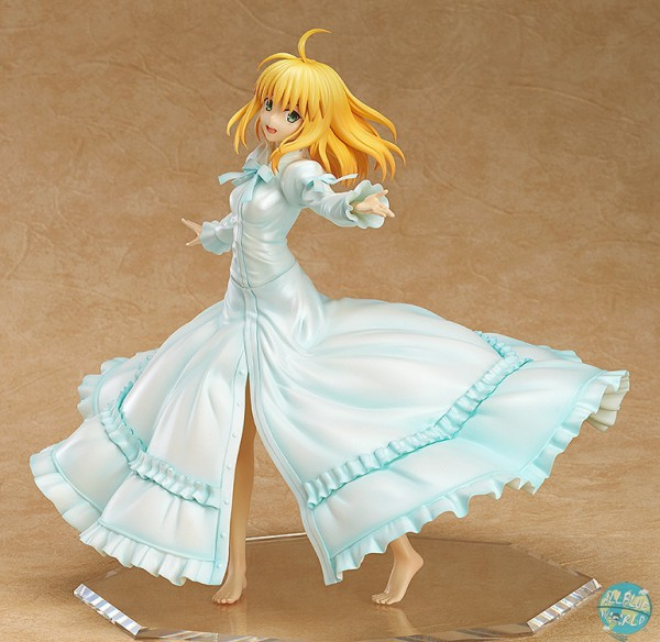 Fate/Stay Night - Saber Statue / Last Episode: Wing