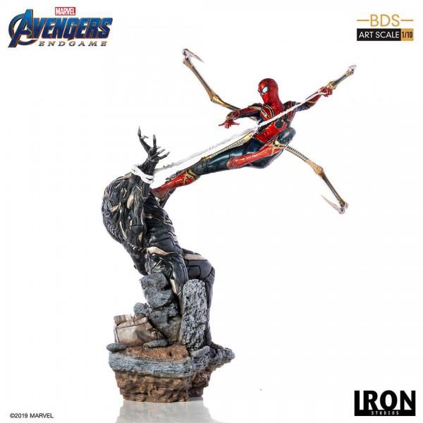 Avengers: Endgame - Iron Spider vs Outrider Statue / BDS Art: Iron Studios