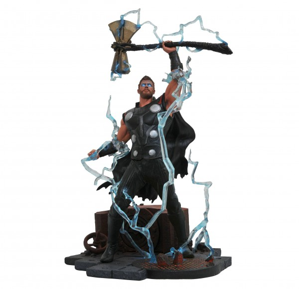 Avengers Infinity War - Thor Statue / Marvel Gallery: Diamond Select