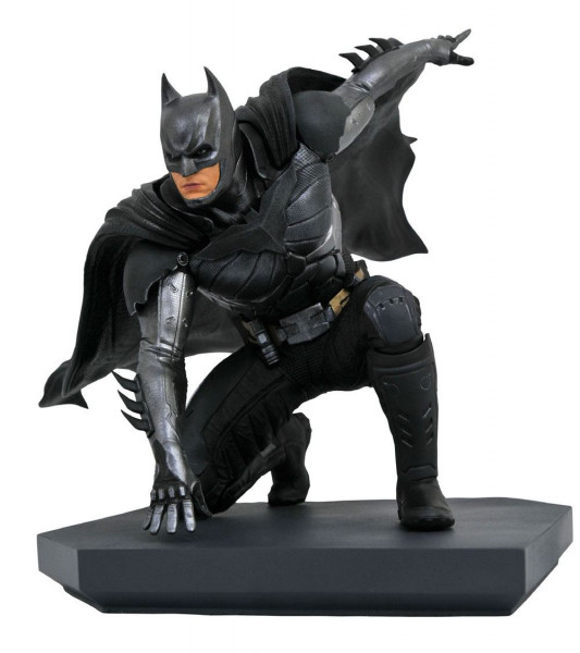 Injustice 2 - Batman Statue / DC Video Game Gallery: Diamond Select