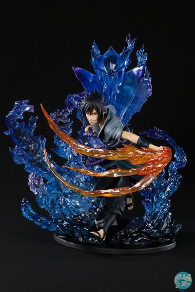 Naruto Shippuuden - Sasuke Uchiha Statue - FiguartsZERO / SUSANOO [Beschädigte Verpackung]: Bandai