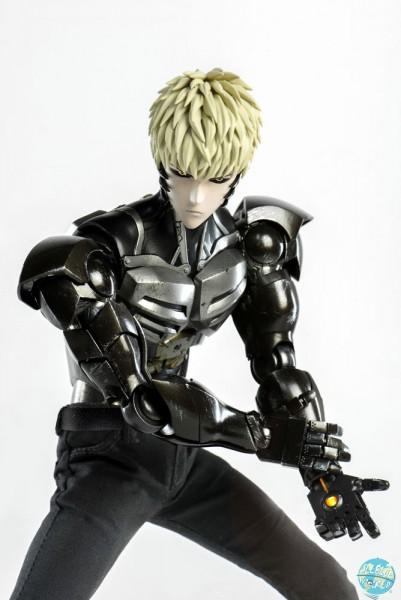One-Punch Man - Genos Actionfigur: ThreeZero