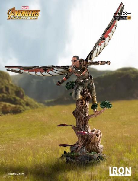Avengers Infinity War - Falcon Statue: Iron Studios