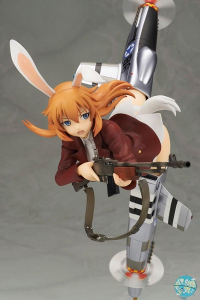 Strike Witches - Charlotte E. Yeager Statue: Alter