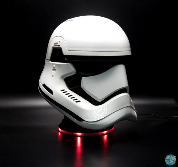 Star Wars Episode VII - Bluetooth-Lautsprecher - 1/1 Replika Stormtrooper Helm: Camino