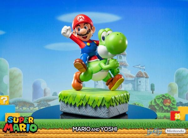 Super Mario - Super Mario & Yoshi Statue: First 4 Figures