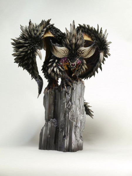Monster Hunter - Nergigante Statue / CFB Creators Modeln: Capcom