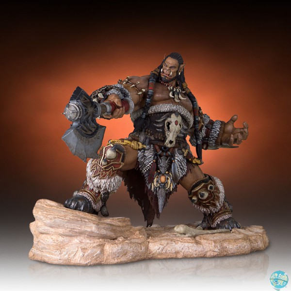 Warcraft The Beginning - Durotan Statue: Gentle Giant