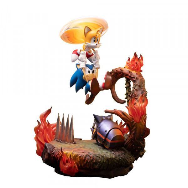Sonic the Hedgehog - Sonic & Tails Statue: First 4 Figures