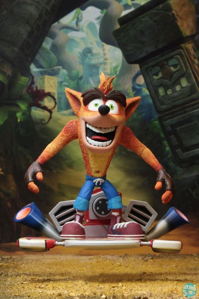 Crash Bandicoot - Crash Bandicoot mit Hoverboard Actionfigur: NECA