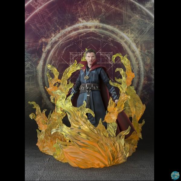 Marvel - Doctor Strange & Burning Flame Set Actionfigur - S.H. Figuarts: Bandai