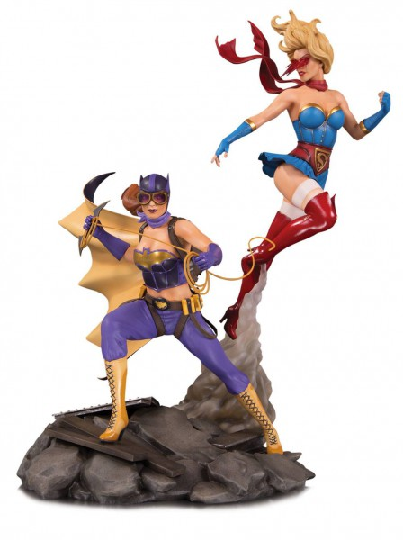 DC Bombshells - Batgirl & Supergirl Celebration Statue: DC Collectibles