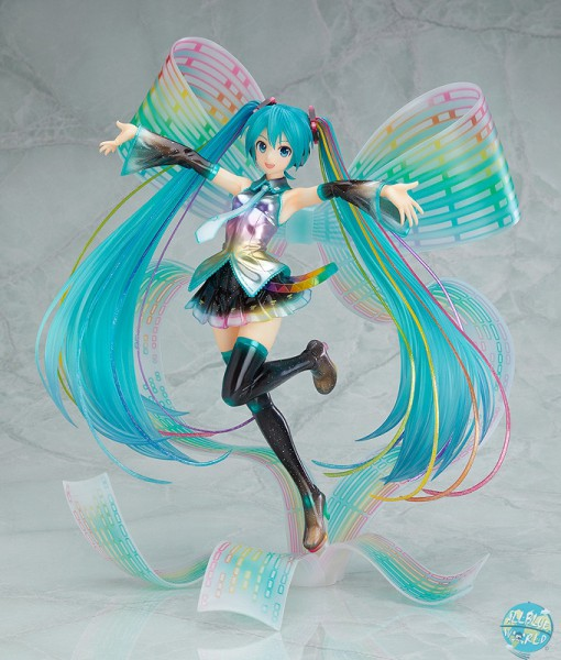 Character Vocal Series 01 - Hatsune Miku Statue - 10th Anniversary Version / Memorial Box: Good Smil