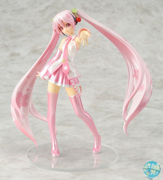 Character Vocal Series 01 - Hatsune Miku Statue - Sakura Version: Good Smile Company