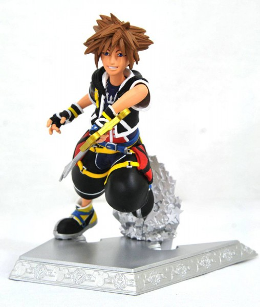 Kingdom Hearts 3 - Sora Statue / Kingdom Hearts Gallery: Diamond Select