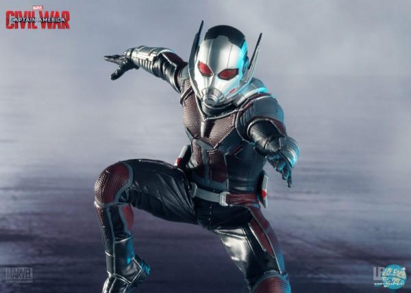 Captain America Civil War - Ant-Man Statue: Iron Studios
