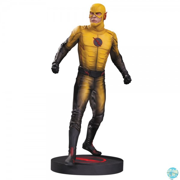 The Flash Reverse Flash Statue: DC Collectibles