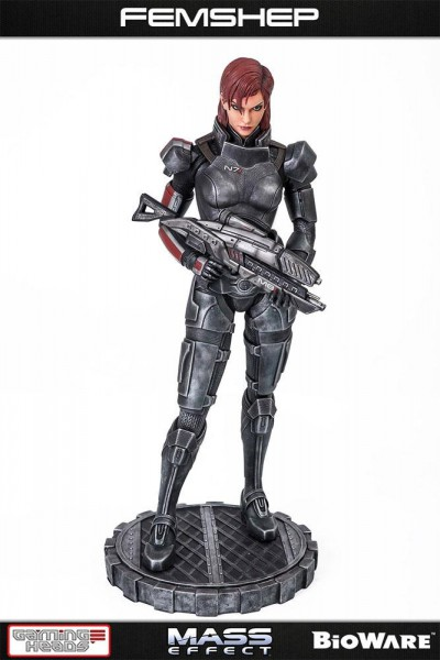 Mass Effect - Femshep Statue: Gaming Heads