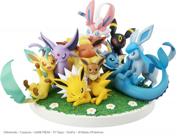 Pokemon - Evoli Friens Statue / G.E.M Series: MegaHouse